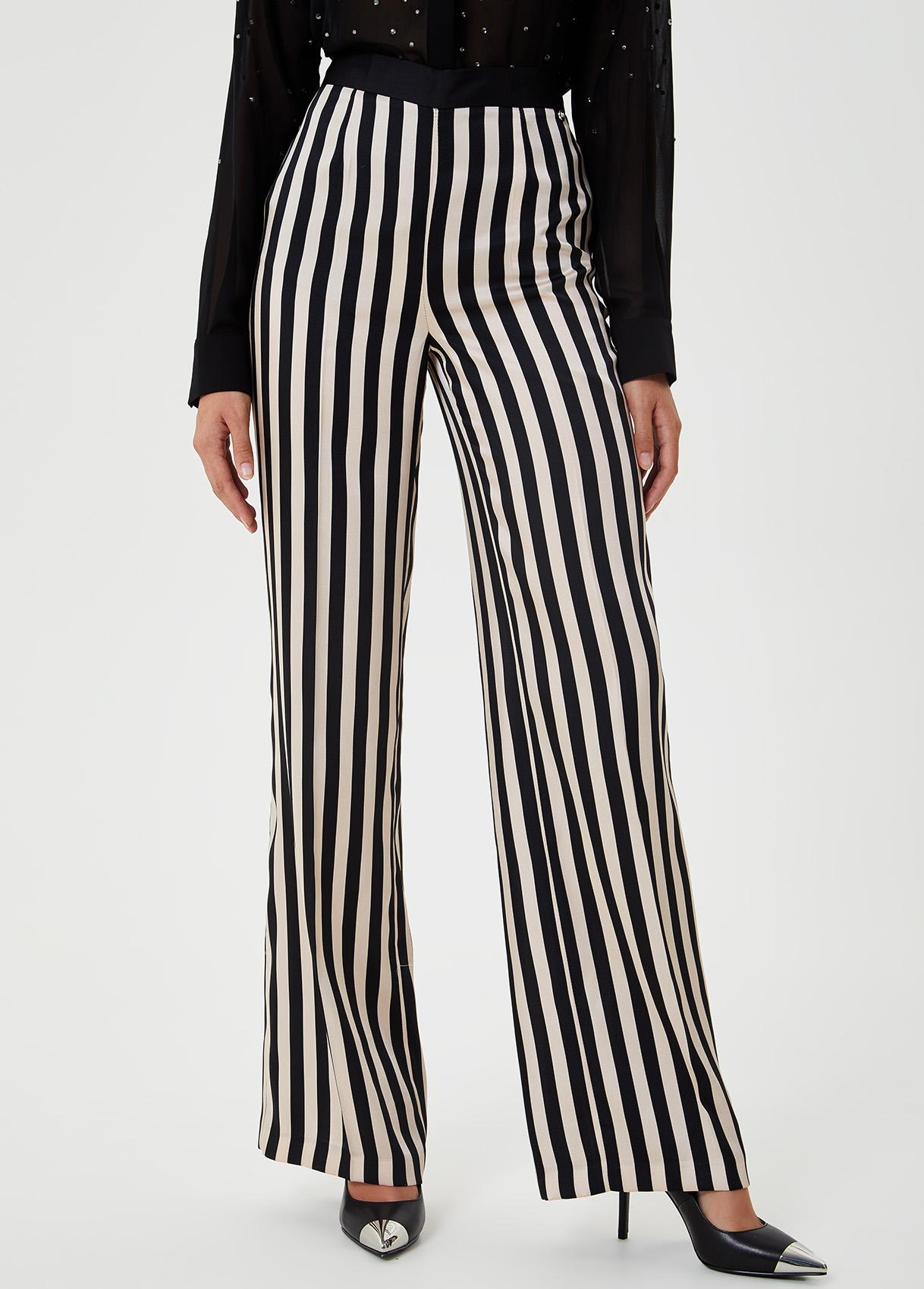Pantalone palazzo con stampa-B3799-liujo-large