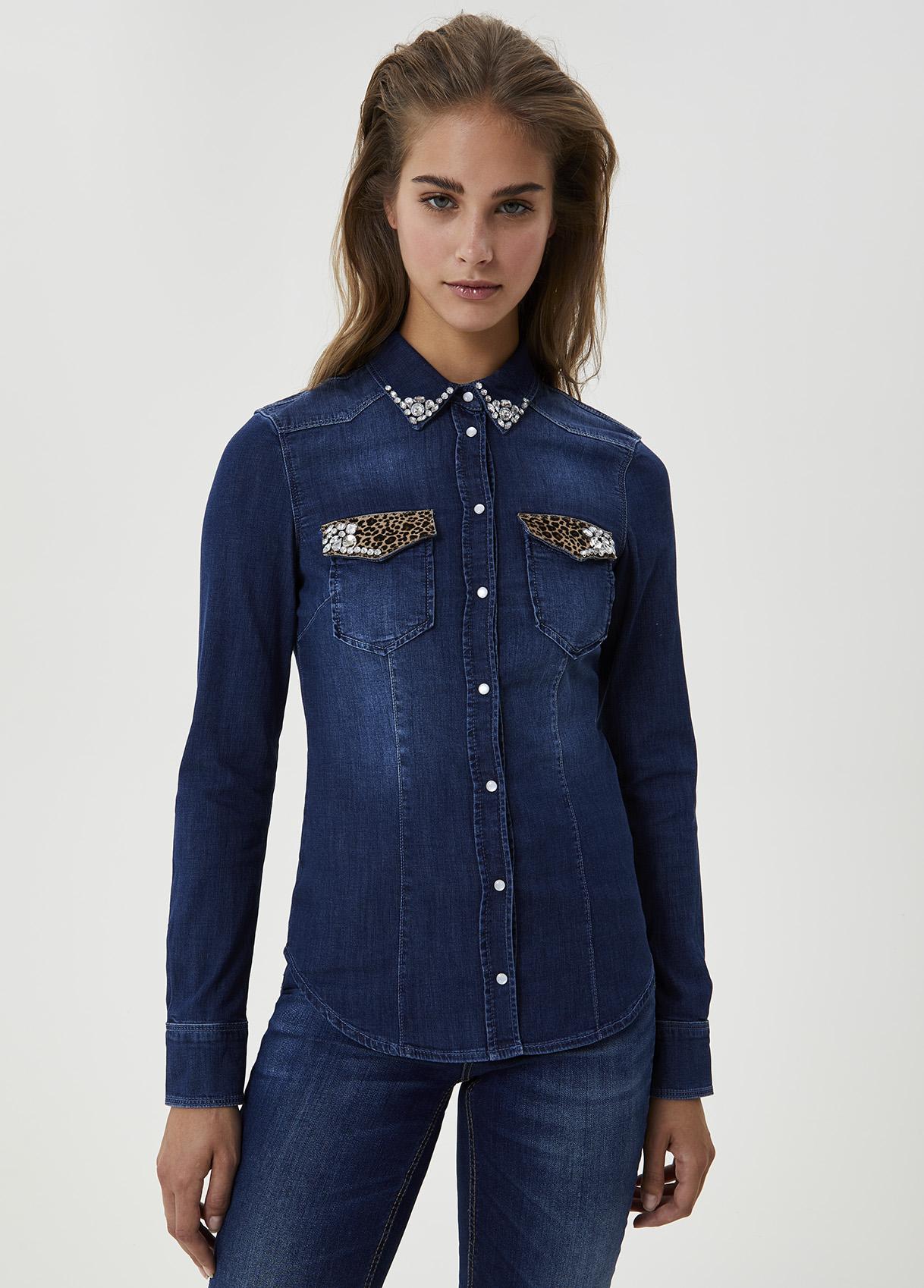 Camicia di jeans con applicazioni-77917-liujo-large